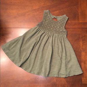 Toddler girl sleeveless dress. Like New!